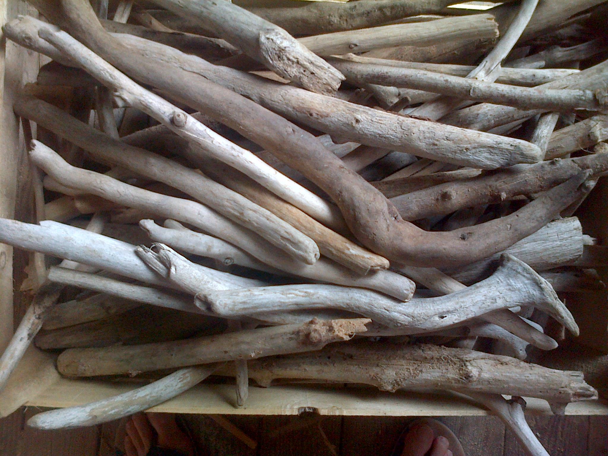 acheter branche bois flotte o acheter du bois flott r. Black Bedroom Furniture Sets. Home Design Ideas