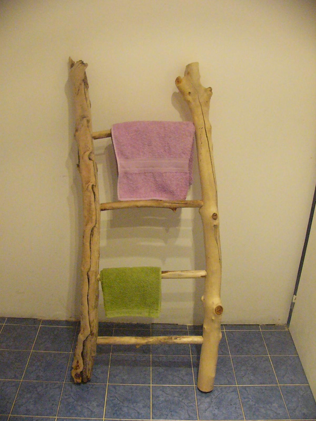 Autres Créations Bois Flottés - Porte serviette en bois